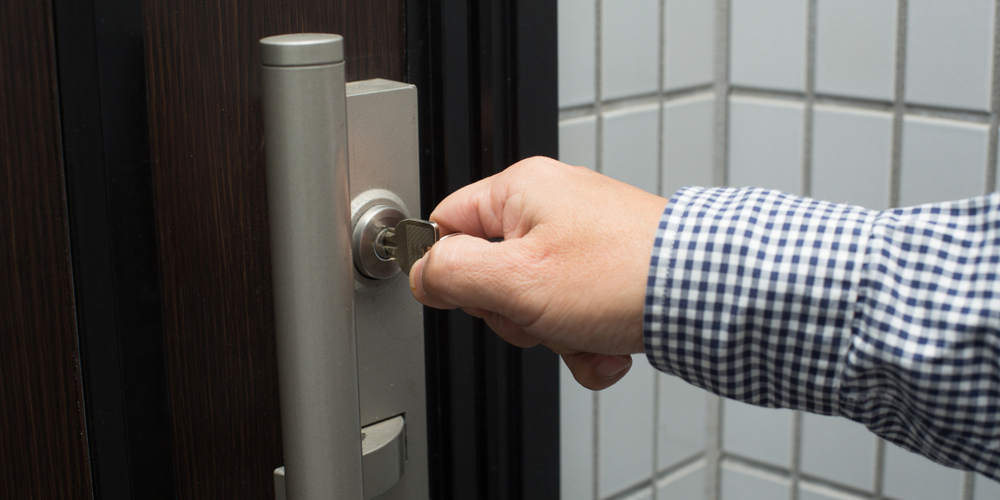 3-reasons-why-a-deadbolt-door-lock-is-more-secure